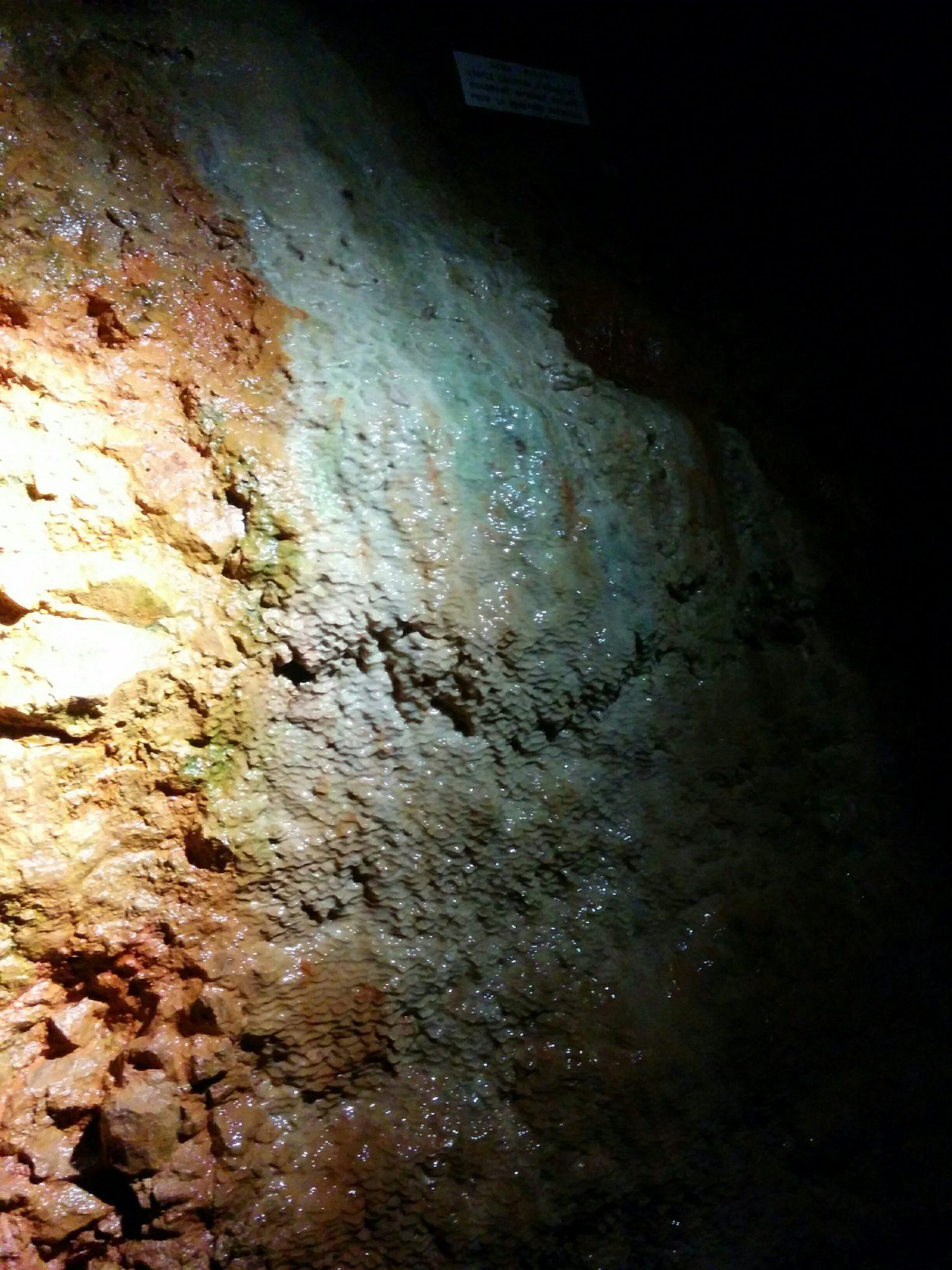grotte aze 71